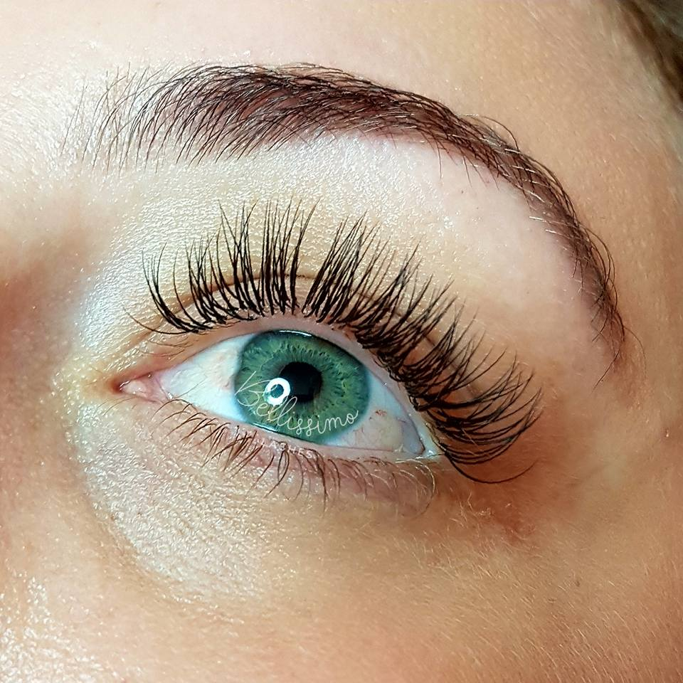 Louise O - eyelash extensions reviews