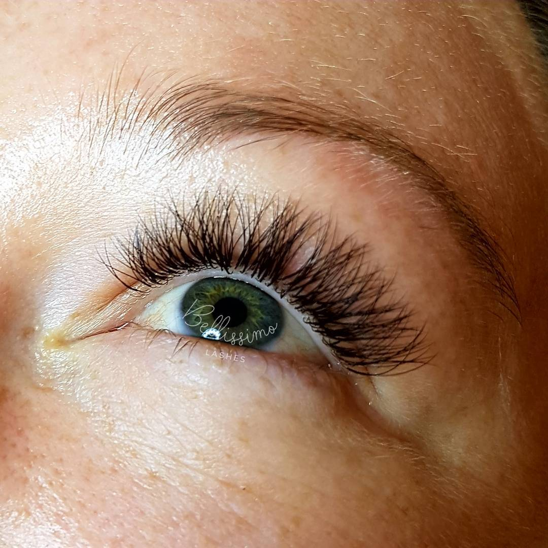 Nicola JH - eyelash extensions reviews